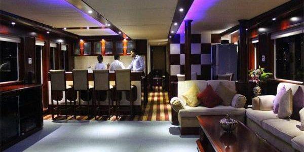 dhow-cruise-marina-lowerdeck-600x450